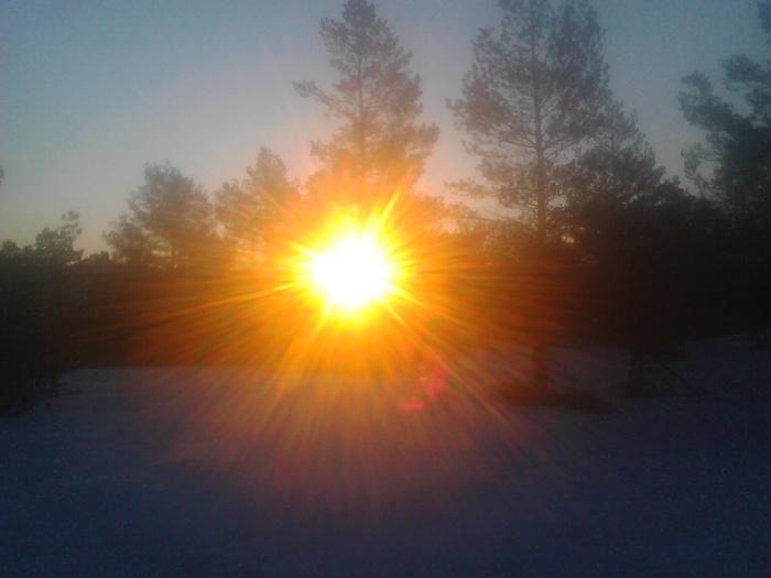 Natt i naturen soloppgang